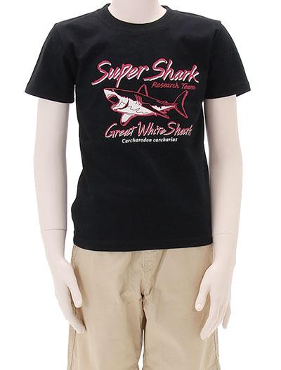 ミュージアムデザイン Tシャツ ホホジロザメ ブラック 130サイズ 着用イメージ