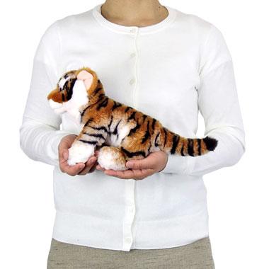 リアル 動物 生物 ぬいぐるみ リアルアニマルファミリー アムールトラ 子 大きさ