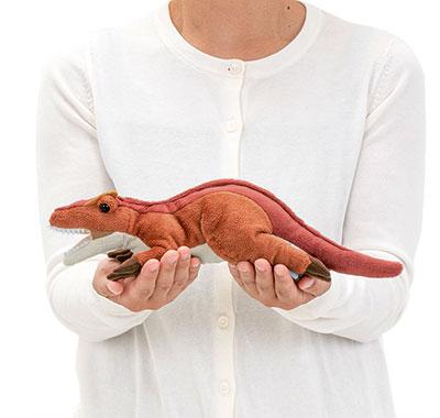 リアル動物ぬいぐるみ ねそべりシリーズ アロサウルス 大きさ