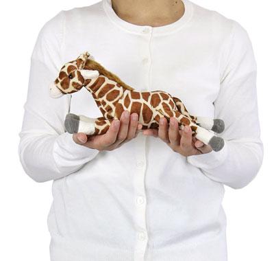リアル動物ぬいぐるみ ねそべりシリーズ キリン 大きさ
