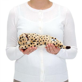 リアル動物ぬいぐるみ ねそべりシリーズ チーター 大きさ