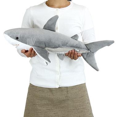リアル動物ぬいぐるみ ねそべりシリーズ ホホジロザメ L 大きさ