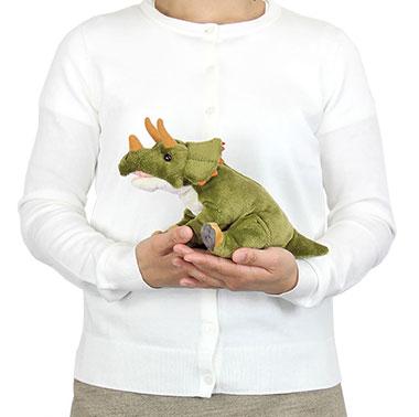 リアル恐竜ぬいぐるみ おすわりシリーズ トリケラトプス 大きさ