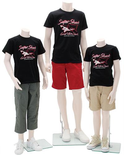 ミュージアムデザイン Tシャツ ホホジロザメ 着用イメージ